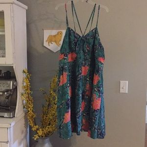 Tropical print sundress (with pockets!) NWOT